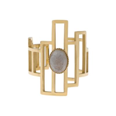 Design ring met ovale gemstone